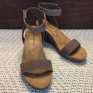 Lucky Brand Wedge Shoes Size 9 NWT